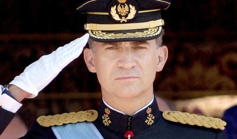 Vua Tay Ban Nha: Lanh dao Catalonia la nhung ke bat trung hinh anh