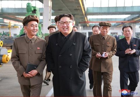 Ong Kim Jong Un thi sat nha may la 'niem tu hao cua Trieu Tien' hinh anh