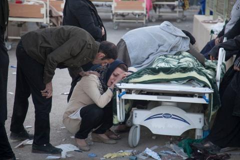 350 nguoi thiet mang trong dong dat o Iraq - Iran hinh anh 6