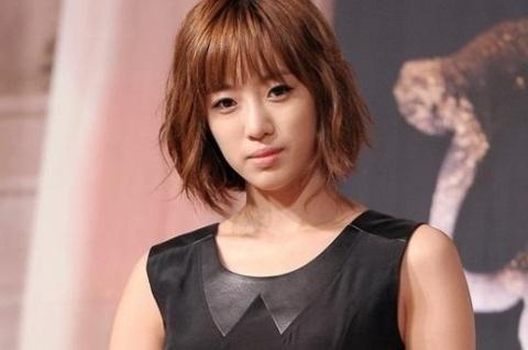 Eunjung (T-ara) mo long ve vu bat nat Hwayoung hinh anh