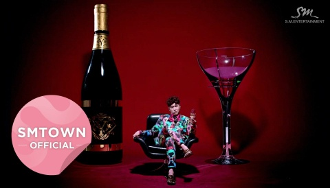 Champagne - Yunho (TVXQ) hinh anh