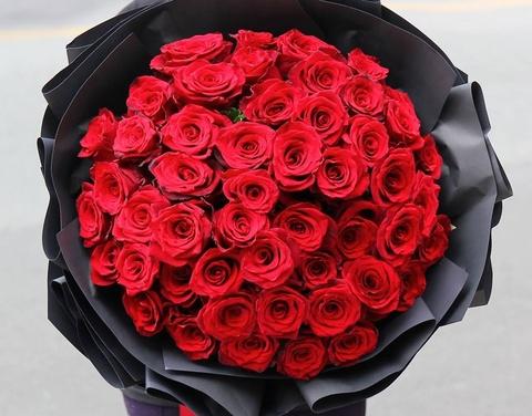 Hoa hong tu vai trieu den chuc trieu dat khach truoc Valentine hinh anh