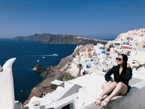 #Mytour: Hanh trinh chay theo anh hoang hon o Santorini hinh anh