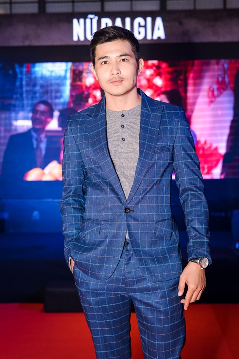 MC Ky Duyen hon Truong Quynh Anh tren tham do ra mat phim hinh anh 9