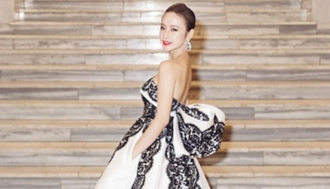 Angela Phuong Trinh o Tuan le phim Viet Nam tai Czech hinh anh