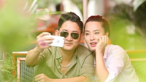 Hai Bang khoe nhan cuoi voi Thanh Dat hinh anh