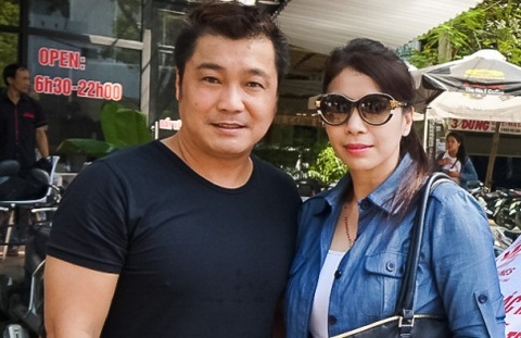 Ly Hung va em gai mang gao, thuoc cho nguoi dan vung lu hinh anh