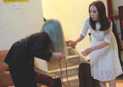Thu Trang hoang so khi quay phim trong chung cu cu hinh anh