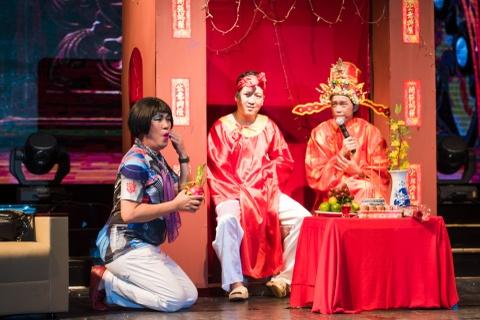 4.000 khan gia doi mua xem show Tran Thanh, Truong Giang hinh anh 8