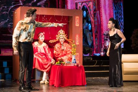 4.000 khan gia doi mua xem show Tran Thanh, Truong Giang hinh anh 7