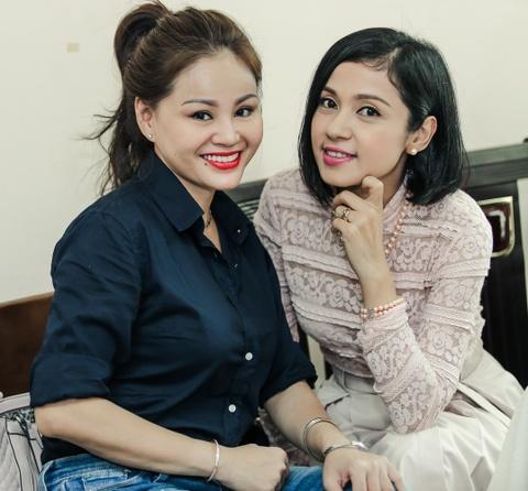Viet Trinh diu dang ben ban trai Hoang Oanh trong ngay casting phim hinh anh 4