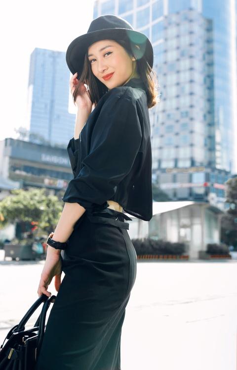 Hot girl Jun Vu nang dong xuong pho Sai Gon hinh anh 2