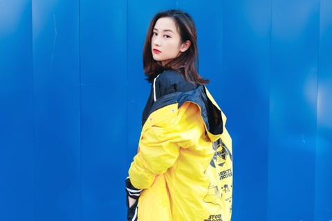 Hot girl Jun Vu nang dong xuong pho Sai Gon hinh anh 7