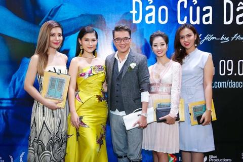 Truong Giang, Nha Phuong mac do doi di xem phim hinh anh 3