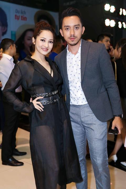 Truong Giang, Nha Phuong mac do doi di xem phim hinh anh 6