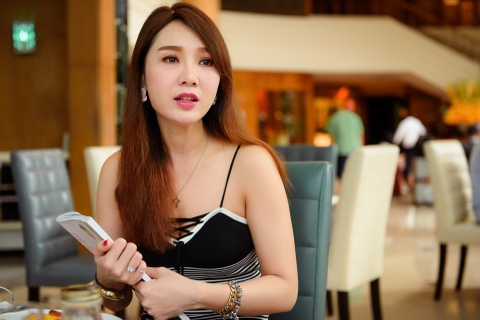 Helen Thanh Dao: 'Toi noi doi nhieu nam qua vi bi chong khong che' hinh anh 1