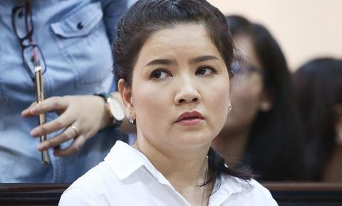 Ngoc Trinh: 'Toi met moi vi Nha hat Kich TP.HCM khang an' hinh anh