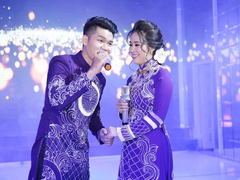 Ngan Khanh du tiec cuoi Le Phuong o Tra Vinh sau 2 nam roi showbiz hinh anh 8