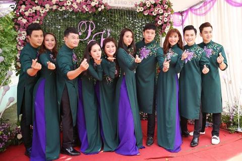 Dan dien vien ve Tra Vinh du le cuoi Le Phuong hinh anh 3