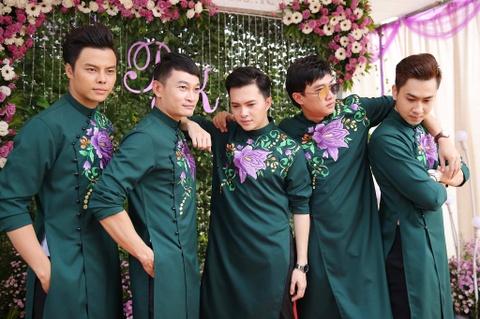 Dan dien vien ve Tra Vinh du le cuoi Le Phuong hinh anh 4