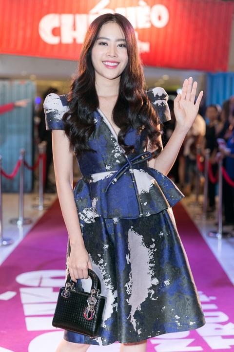 Thu Trang: 'Duoc moi dong Chi Pheo ngoai truyen co le vi xau' hinh anh 5