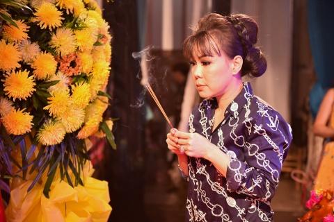 Ngoc Son, Tran Thanh hoi ngo trong le cung To o san khau kich Hong Van hinh anh 9