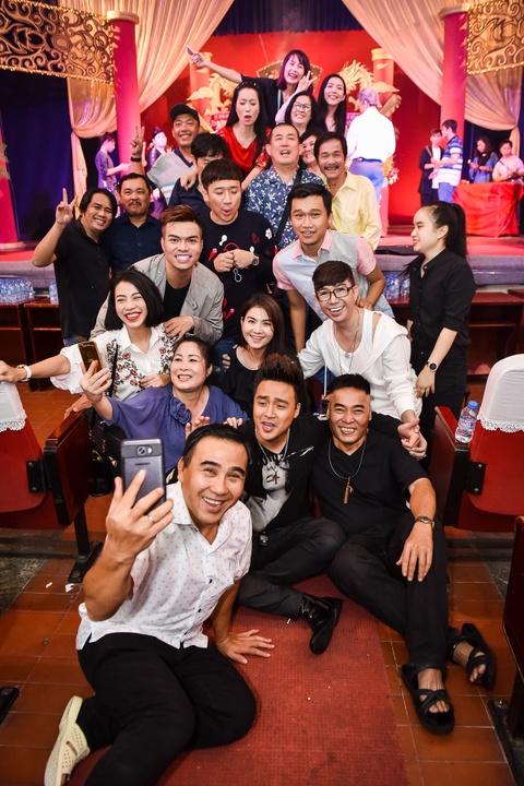 Ngoc Son, Tran Thanh hoi ngo trong le cung To o san khau kich Hong Van hinh anh 5
