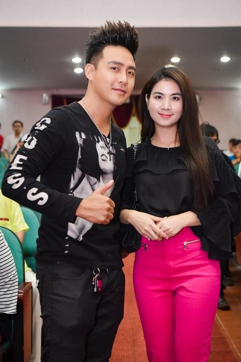 Ngoc Son, Tran Thanh hoi ngo trong le cung To o san khau kich Hong Van hinh anh 13