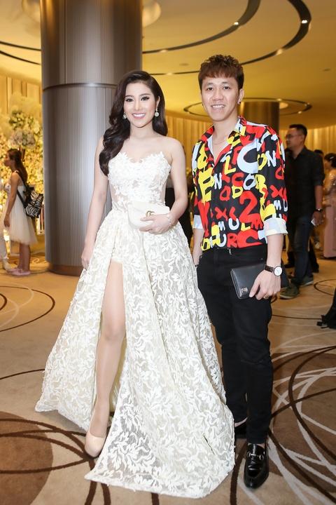 Dam Vinh Hung, Hari Won du le cuoi cua To Ny o Sai Gon hinh anh 4