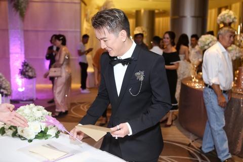 Dam Vinh Hung, Hari Won du le cuoi cua To Ny o Sai Gon hinh anh 3