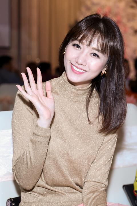 Dam Vinh Hung, Hari Won du le cuoi cua To Ny o Sai Gon hinh anh 6