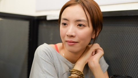 Thu Trang: 'Toi khoc vi guong mat sung phong sau phau thuat tham my' hinh anh