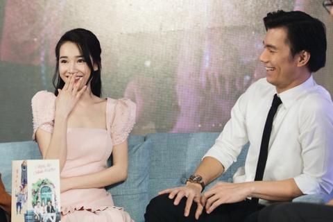 Nhan Phuc Vinh: 'Nha Phuong da sam so toi khi dong phim chung' hinh anh 6