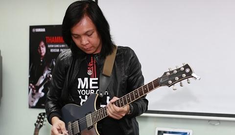 Jack Thammarat bieu dien guitar ngau hung khi toi Viet Nam hinh anh