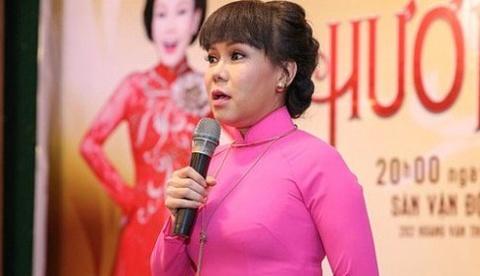 Viet Huong noi gi khi Huynh Anh cui dau xin loi vi vo trach nhiem? hinh anh