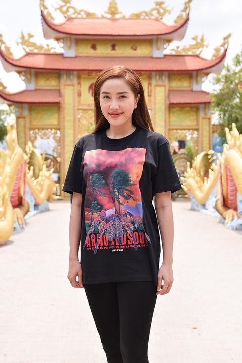 Nghe si Viet tap nap den nha tho cua Hoai Linh dang huong To nghe hinh anh 8
