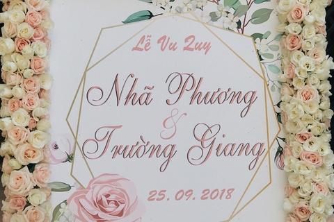 Gia dinh Truong Giang mang sinh le len Sai Gon don co dau Nha Phuong hinh anh