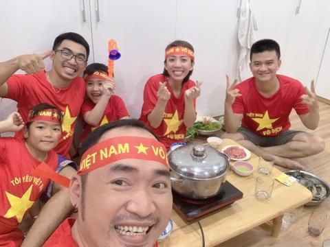 Dan sao Viet vo oa khi tuyen Viet Nam vo dich AFF Cup 2018 sau 10 nam hinh anh 4