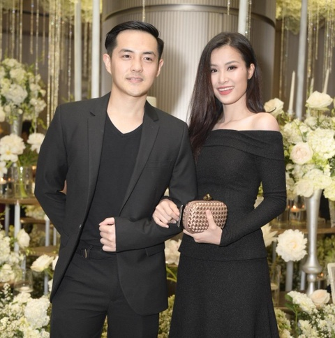 Tran Thanh cung dan sao du tiec cuoi cua Duong Khac Linh va Sara Luu hinh anh 3