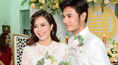 Diễn viên Vũ Ngọc Ánh và Anh Tài hạnh phúc trong lễ rước dâu