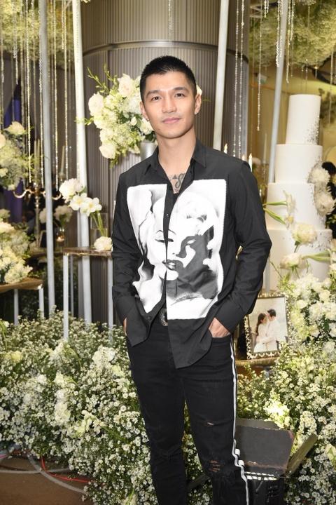 Tran Thanh cung dan sao du tiec cuoi cua Duong Khac Linh va Sara Luu hinh anh 11