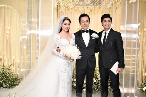 Tran Thanh cung dan sao du tiec cuoi cua Duong Khac Linh va Sara Luu hinh anh 16