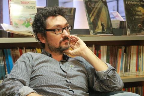 '99% nhà văn Pháp không sống bằng nghề viết văn'