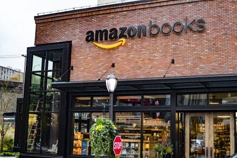 Tai sao Amazon tro thanh de che ty USD trong nganh xuat ban? hinh anh