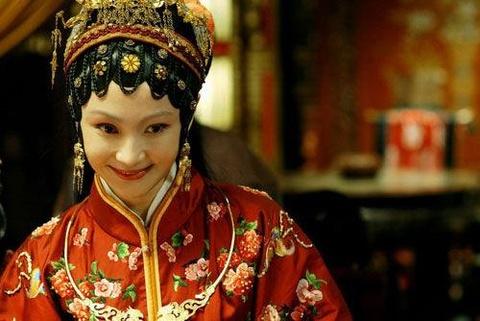 Vuong Hy Phuong dep, thong minh, giao hoat bac nhat 'Hong Lau Mong' hinh anh 3