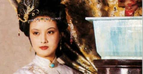 Vuong Hy Phuong dep, thong minh, giao hoat bac nhat 'Hong Lau Mong' hinh anh 1