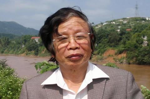 Tac gia Nguyen Phan Hach cua 'Hoa sua' qua doi hinh anh