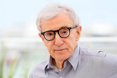 Bi cao buoc quay roi con gai nuoi, Woody Allen 'rot gia' tham hai hinh anh