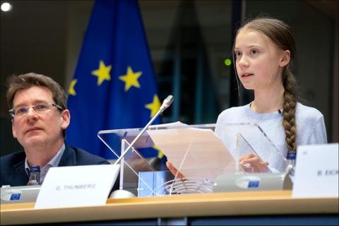 Loi 'hon hao' cua Greta Thunberg hay tuyen ngon moi truong voi lop tre hinh anh