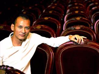 Nghe si Tri Minh: Nhac dien tu kieu The Remix da loi mot hinh anh
